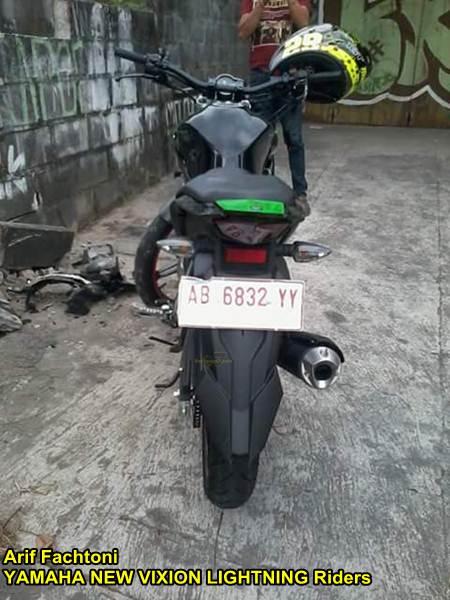 Adu Kambing lawan Honda Grand, yamaha New Vixion shock depan patah di Jogja 03 pertamax7.com