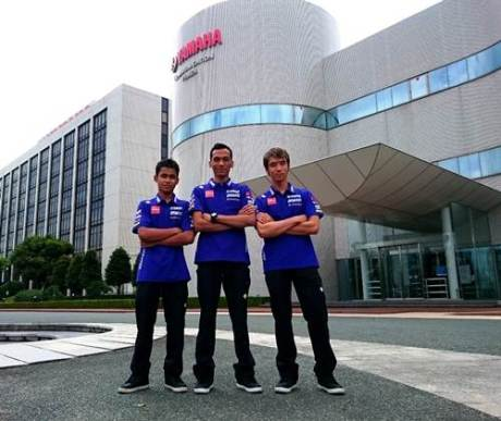 Galang Hendra - Imanuel Pratna - Sigit PD tiga rider Yamaha Factory Racing Indonesia team visiting YMC Head Office & Yamaha Communication Plaza di Iwata Jepang