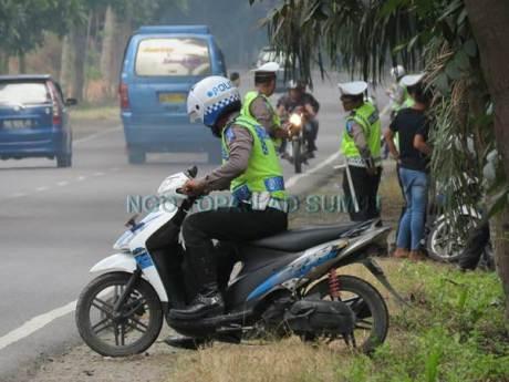Kena Foto Wartawan, Razia Lalu Lintas Polisi Jelang Lebaran di Sumatera Utara Ini bubar jalan 01 pertamax7.com