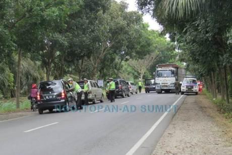 Kena Foto Wartawan, Razia Lalu Lintas Polisi Jelang Lebaran di Sumatera Utara Ini bubar jalan 03 pertamax7.com