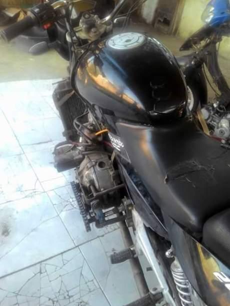Mesin Besar Apa Ya yang di Gendong Bajaj Pulsar 200 ini 03 Pertamax7.com