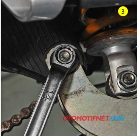 pasang Lowering-Kit-yamaha-R15