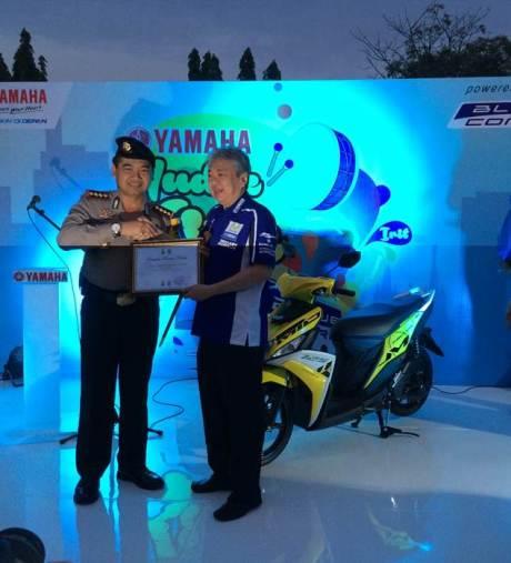 Penghargaan untuk Yamaha dalam event Yamaha Mudik Kita 2015