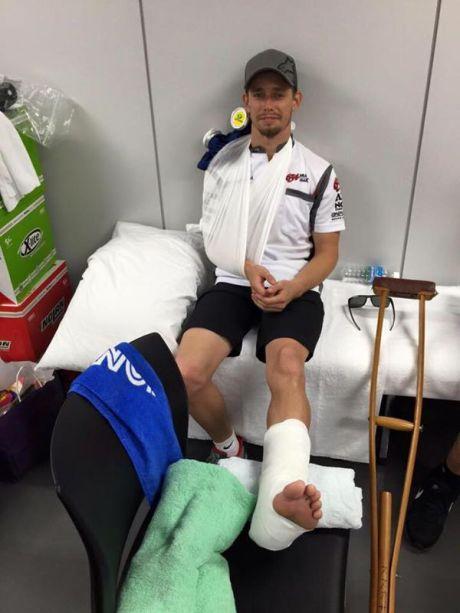Stoner Crash Keras di Suzuka 8 Hours, Tulang Belikat Patah Tulang Kering Retak karena Gas Nyantol 02 Pertamax7.com