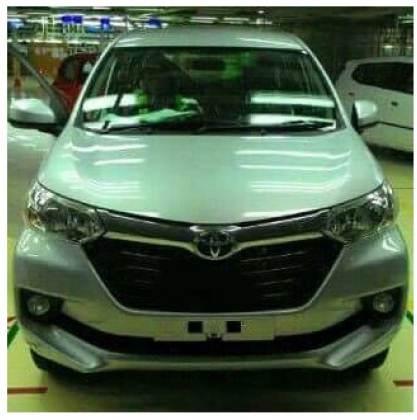 Toyota Avanza Facelift 2015 warna Silver