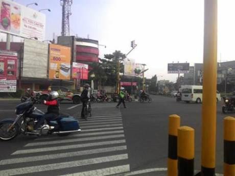 Aksi Pemberani Goweser hadang Mogeh di Jogja supaya tidak terobos lampu merah 04 pertamax7.com