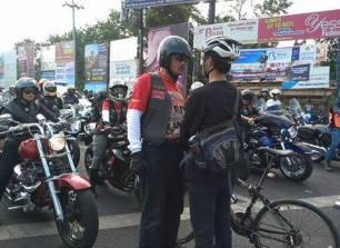Aksi Pemberani Goweser hadang Mogeh di Jogja supaya tidak terobos lampu merah 21 pertamax7.com