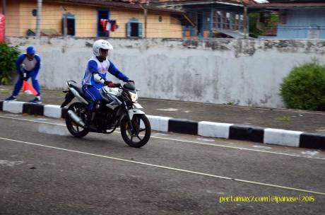 Astra Honda Safety Riding Instructor Competition 2015 di Palembang Hari Ketiga Uji Rem dan Keseimbangan 02 Pertamax7.com