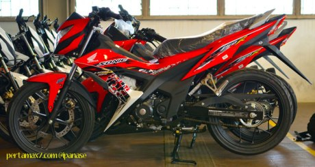 First Sight Bertemu New Honda Sonic 150R 03 Pertamax7.com