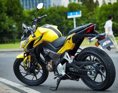 Foto Honda CB190R Tiongkok dan Spesifikasinya 21 Pertamax7.com