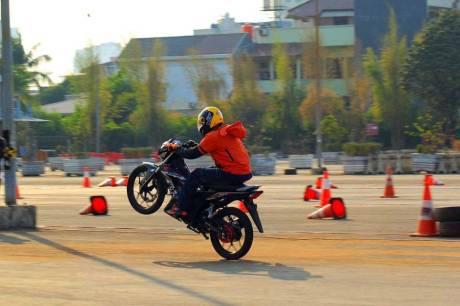 Foto testride all new Honda Cb150R dan New honda Sonic 150R 02 Pertamax7.com