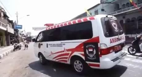 Heboh Ambulance Pelat Merah Buat Ngawal Mogeh Jogja04 pertamax7.com