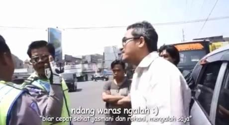 Heboh Ambulance Pelat Merah Buat Ngawal Mogeh Jogja07 pertamax7.com