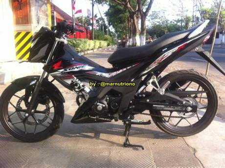 Kala New Honda Sonic 150R  Dibongkar Mesin Nampak Besar Nan Padat 03 Pertamax7.com
