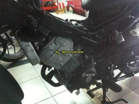 Kala New Honda Sonic 150R  Dibongkar Mesin Nampak Besar Nan Padat 06 Pertamax7.com