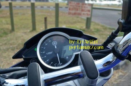 Modifikasi-Yamaha-Vixion-Ligntning-pakai-Lampu-New-Vixion-Advance,-Lancip-sinar-fokus-1 pertamax7.com