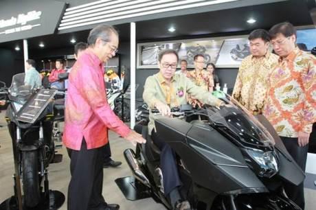 Mogeh Honda Ramaikan GIIAS 201501 pertamax7.com