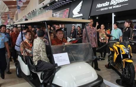 Mogeh Honda Ramaikan GIIAS 201502 pertamax7.com