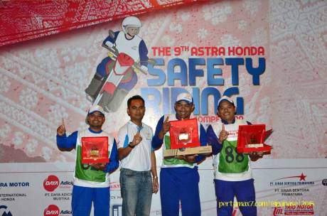 Pemenang Astra Honda Safety Riding Instructor Competition 2015 di Palembang 05 Pertamax7.com