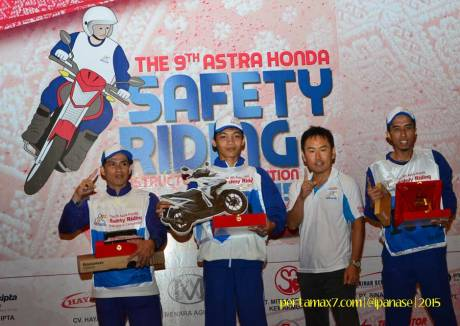 Pemenang Astra Honda Safety Riding Instructor Competition 2015 di Palembang 08 Pertamax7.com