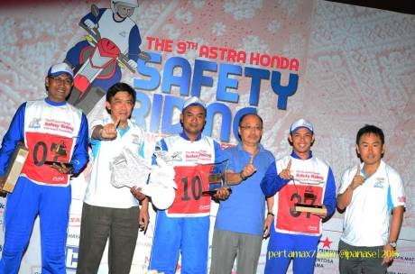 Pemenang Astra Honda Safety Riding Instructor Competition 2015 di Palembang 09 Pertamax7.com