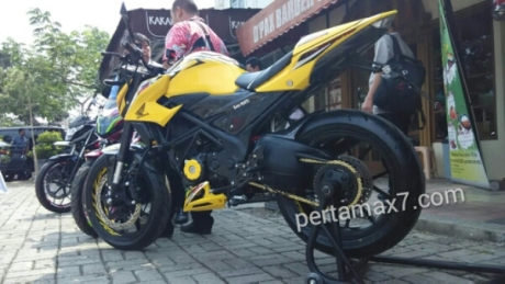 wpid-modifikasi-all-new-honda-cb150r-ban-moge.jpg.jpeg