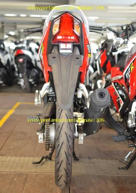 Wujud Detail Lampu Belakang new Honda Sonic 150R 03 Pertamax7.com