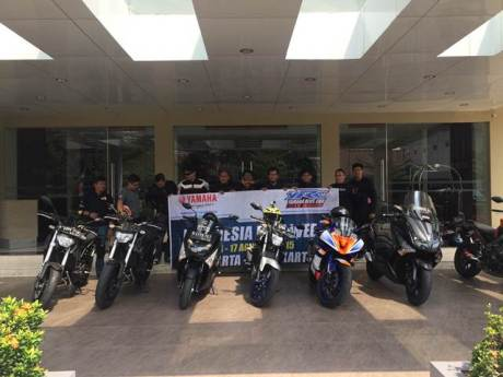 Yamaha Revs CBU Indonesia Geber Big Bike Turing Indonesia Bike Week (3)