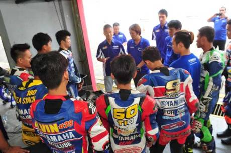 Yamaha-Riding-Academy-2015-di-Sentul-International-Circuit-(4)