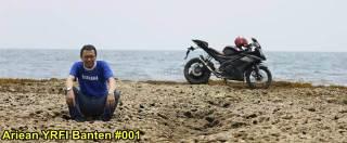 Aksi Yamaha R15 Libas Karang dan Air Laut Pantai Anyer, waspada karat 00 pertamax7.com