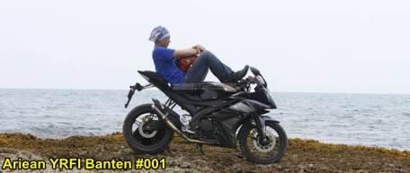 Aksi Yamaha R15 Libas Karang dan Air Laut Pantai Anyer, waspada karat 07 pertamax7.com