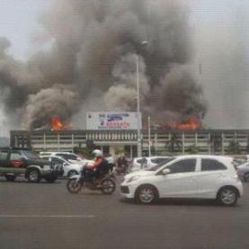 Gedung Mapolda Jateng Terbakar, banyak Motor Hangus 08 Pertamax7.com
