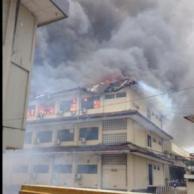 Gedung Mapolda Jateng Terbakar, banyak Motor Hangus 12 Pertamax7.com
