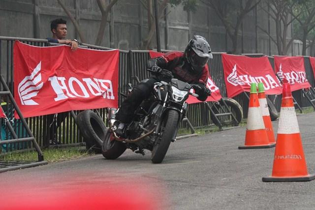 Gymkhana New Honda Sonic Medan diPadati 118 Starter hadiah mantabh 03 pertamax7.com