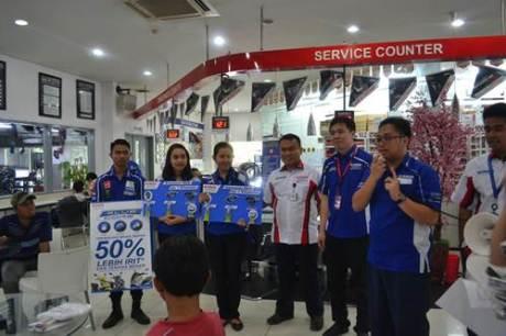 Hari pelanggan nasional Edukasi Blue Core pada Hari Pelanggan Nasional 2015 Pertamax7.com
