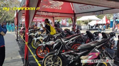 Intip-Suasana-Launching-All-new-honda-CB150R-dan-New-Sonic-150R-di-GOR-Ngurah-Rai-Bali-pertamax7.com-1