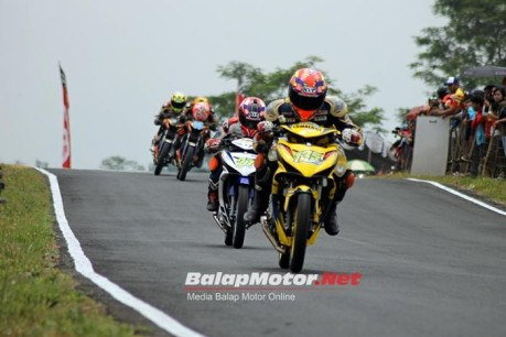 jupiter mx 150 juara kejurnas bebek 150 cc tasikmalaya race 1