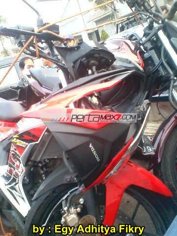 Kecelakaan New Honda Sonic 150R karena verza nyelonong 00 pertamax7.com