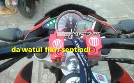 Keluhan-Yamaha-New-Vixion-Lightning,-Indikator-Netral,-Sein-Dan-Lampu-Jauh-Nyala-Bersamaan-pertamax7.com-