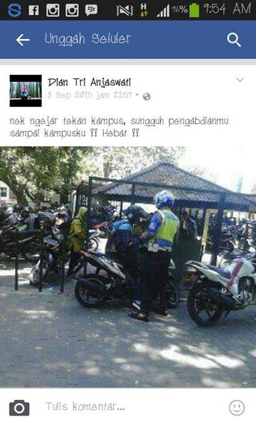 Keren... Pak Polisi ini Kejar Pelanggar dan Tilang di Kampus 1