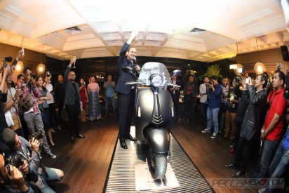 Launching Vespa 946 Emporio Armani di Indonesia Pertamax7.com_-15
