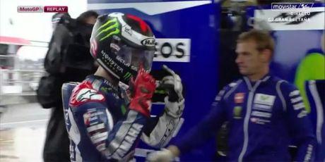Lorenzo beli ARAI saja karena Helm HJC Ngembun di Motogp Silverstone
