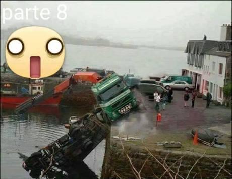 Mau Angkat Mobil Tercebur di Laut, sampai 3 Truck Crane turun tangan 01 Pertamax7.com