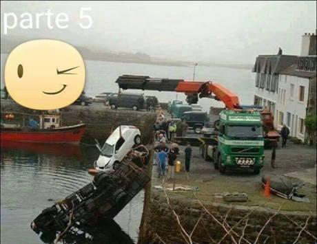 Mau Angkat Mobil Tercebur di Laut, sampai 3 Truck Crane turun tangan 09 Pertamax7.com
