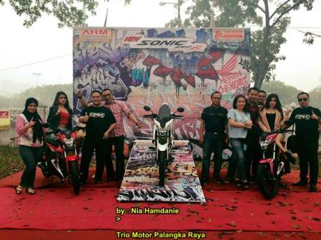Meriahnya Grand Launching All New Honda CB150r dan New Sonic 150R di Palanka Raya 02 pertamax7.com