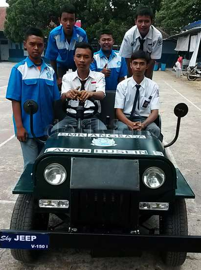 Mobil Jeep bermesin Yamaha Old Vixion buatan SMK Angkasa 02 Pertamax7.com