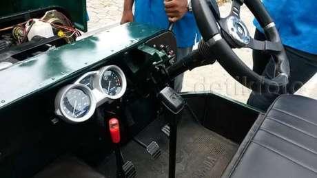 Mobil Jeep bermesin Yamaha Old Vixion buatan SMK Angkasa 06 Pertamax7.com