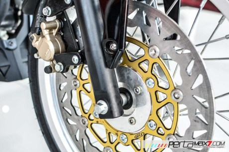 Modifikasi new Honda Sonic 150R velg Jari cakram Lebar pakai Tromol Supra X RDB_-5