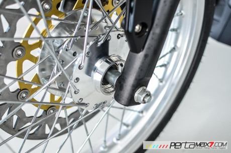 Modifikasi new Honda Sonic 150R velg Jari cakram Lebar pakai Tromol Supra X RDB_-7