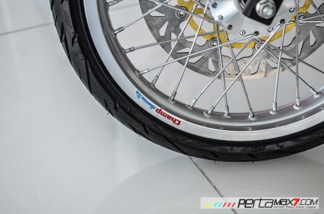 Modifikasi new Honda Sonic 150R velg Jari cakram Lebar pakai Tromol Supra X RDB_-9